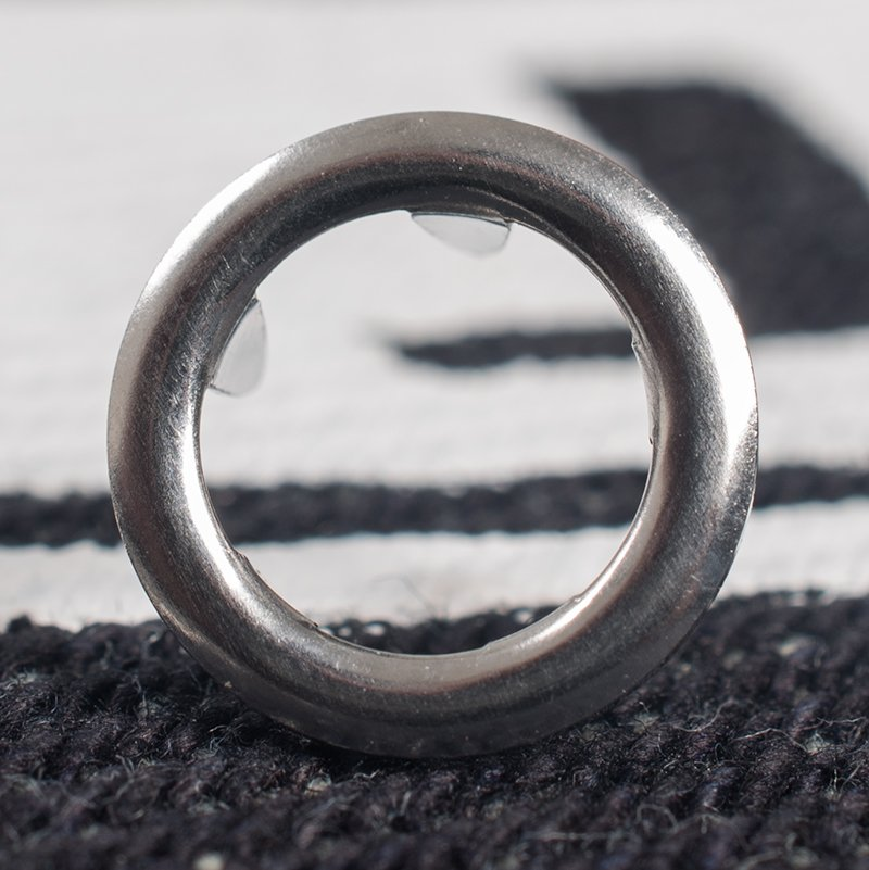Silver Metal Snap